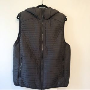 Men's H&M Sport Quilted Vest with Hood